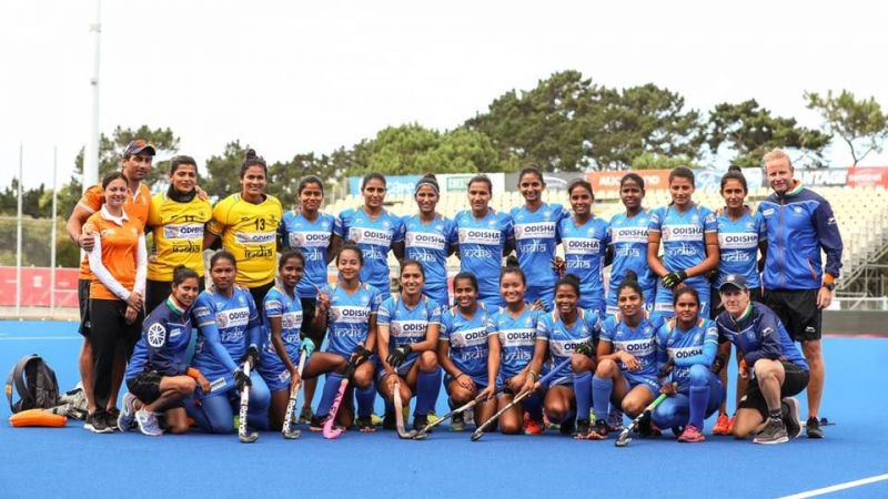 Head Coach Marijne (extreme right) with the Indian eves [Image credits - Hockey India/Facebook]