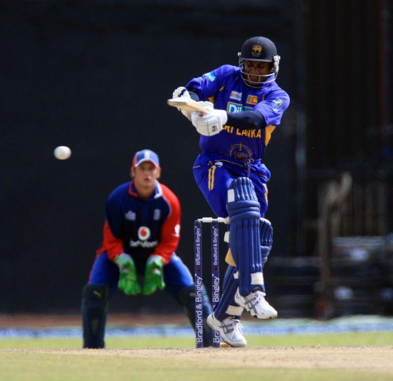 Sanath Jayasuriya playing his iconic flick.