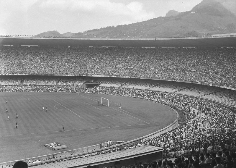 It is estimated that over 220,000 spectators gathered to watch the 1950 World Cup Final