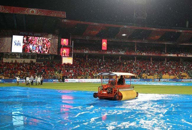 The super soaker in action at the Chinnaswamy Stadium