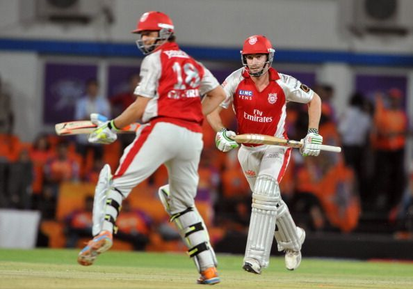 Adam Gilchrist and Shaun Marsh collected 206 runs for their 2nd wicket against Bangalore