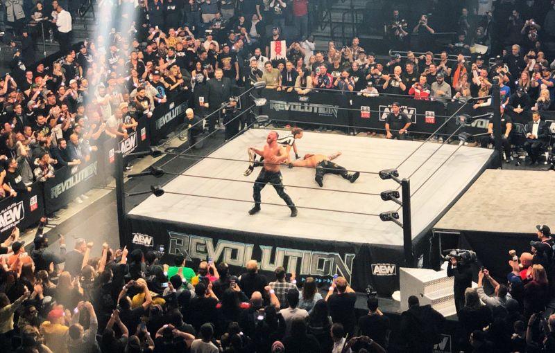Jon Moxley wins the AEW World title