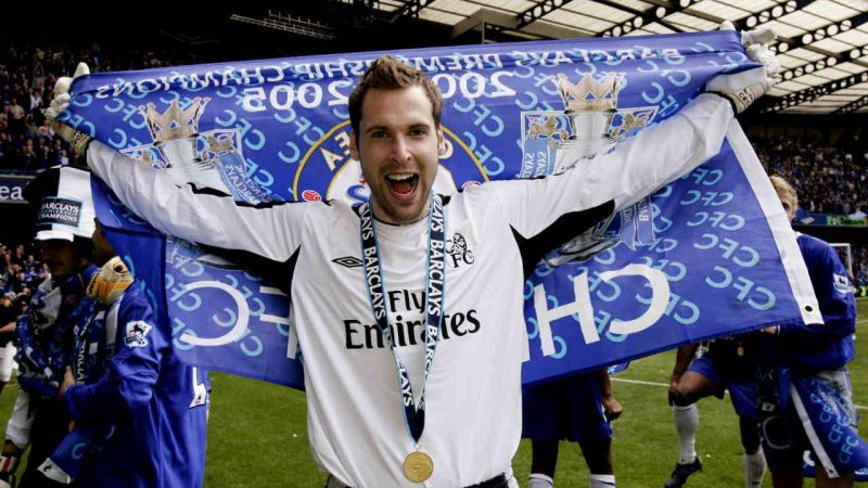 Petr Cech lifted the Premier League title in his debut season at Chelsea