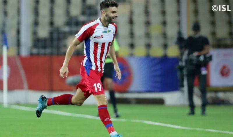 Javi Hernandez found the perfect night to score the first two goals of his ISL career