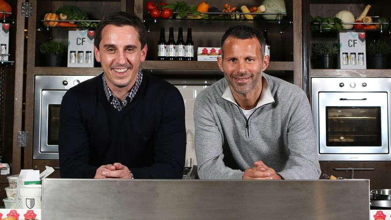 Gary Neville and Ryan Giggs - cropped