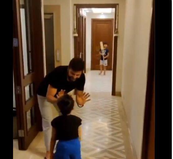 Photo-Chennai Super Kings Twitter Video Screenshot