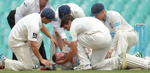 चोट के बाद ऑस्ट्रेलियाई खिलाड़ी फिल ह्यूज