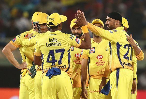 हरभजन सिंह आईपीएल में दोनों टीमों के लिए खेले हैं