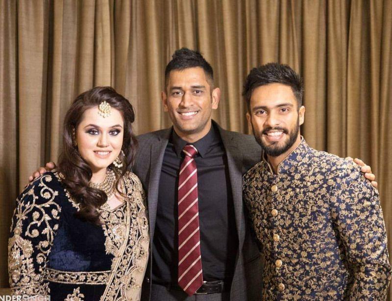MS Dhoni surprised Mandeep Singh by attending the Punjab batsman