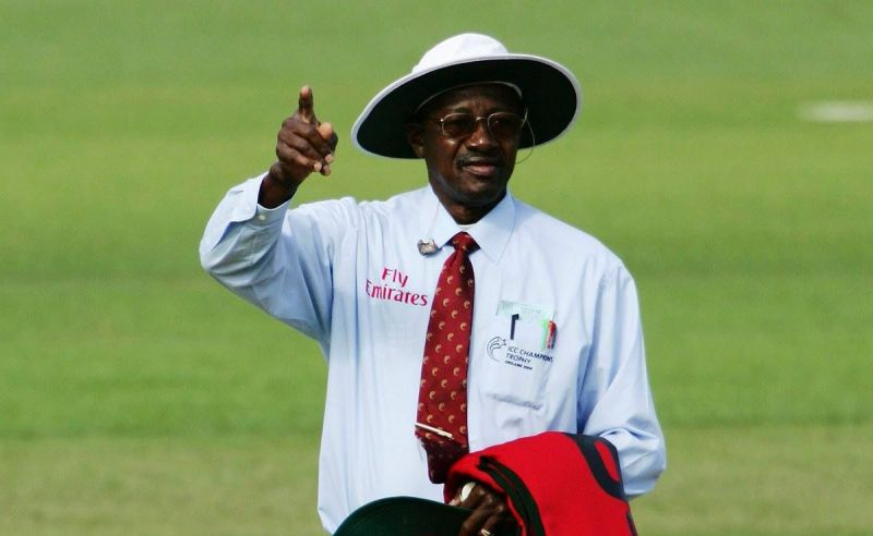 Reputed umpire Steve Bucknor has made a few controversial decisions during his umpiring career.