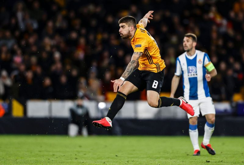 Ruben Neves is known for scoring golazos from outside the box.