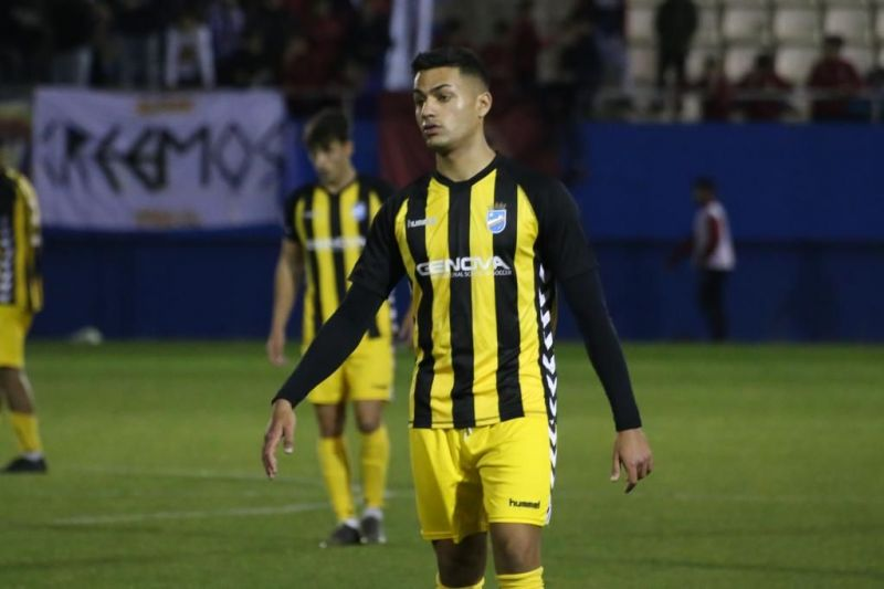 Ishan Pandita during an away game for Lorca FC