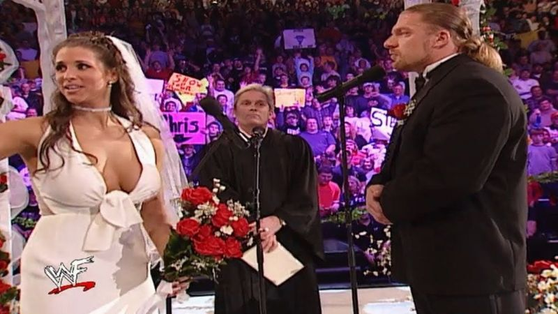 Stephanie McMahon and Triple H getting married on WWE television