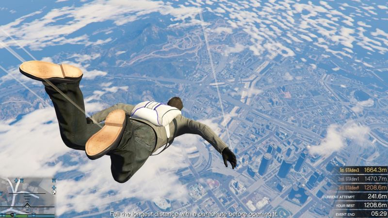 Go parachute jumping on GTA 5. Image: GameSpot