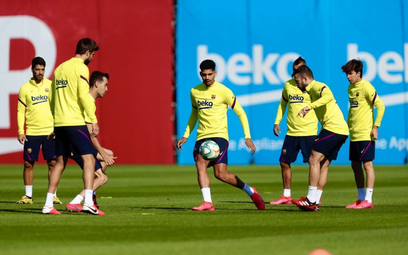 Barcelona return to team training for the first time in two months. PC: FC Barcelona via Twitter