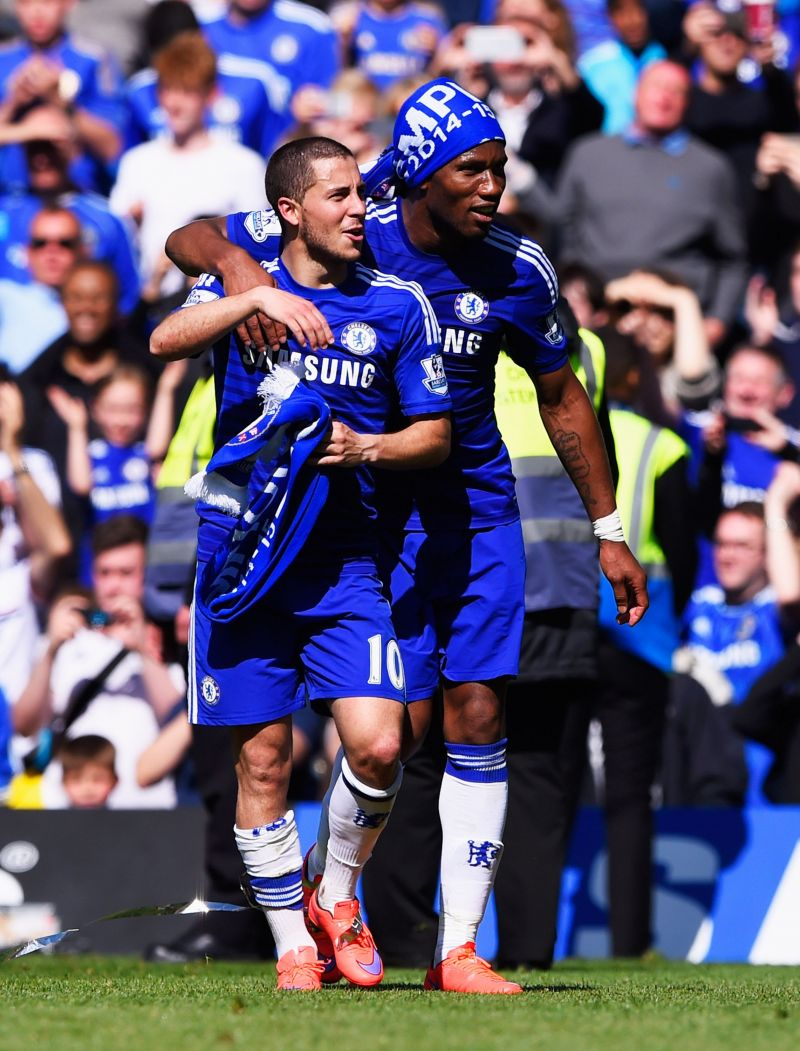 Eden Hazard and Didier Drogba celebrating Chelsea