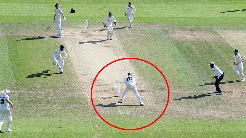Nathan Lyon (# 67) fails to run out Jack Leach.