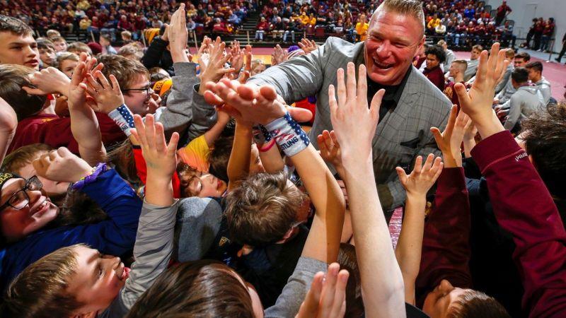 Brock Lesnar greets fans at the University of Minnesota