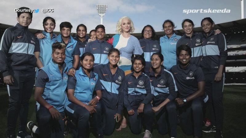 Virat Kohli applauded the effort of the Indian women