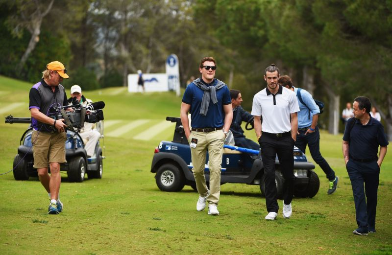 Gareth Bale on the golf course in Spain