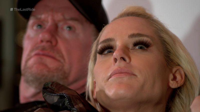 Undertaker Vs. Roman Reigns WrestleMania 33
