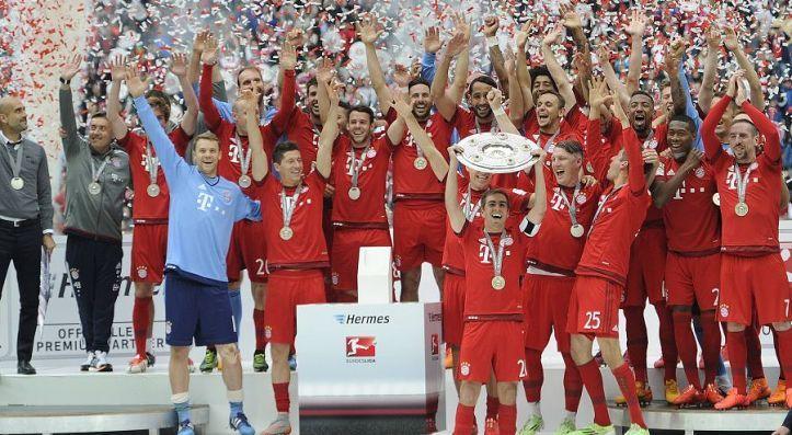 Bayern Munich celebrate their 2014-15 Bundesliga title.