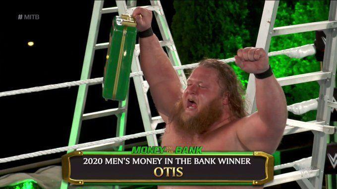 Mr. MITB returns to SmackDown