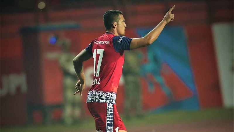 Karan Amin rubbed shoulders with Tim Cahill in 2018-19 (Image credits: Jamshedpur FC)