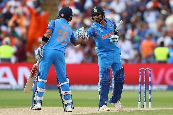 Virat Kohli (left) and Rohit Sharma