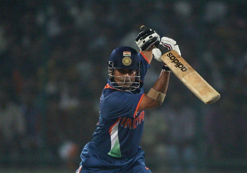 4 भारतीयबल्लेबाज जिन्होंने वनडे क्रिकेट में सबसे ज्यादा चौके लगाए हैं