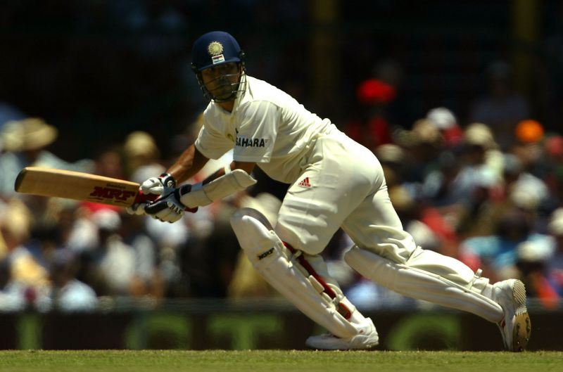 4 मौके जबभारतीय बल्लेबाज टेस्ट में तिहरा शतक लगा सकते थे