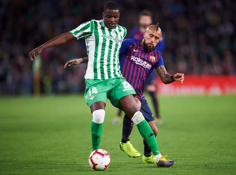 Arsenal should certainly consider William Carvalho as a cheaper alternative to Thomas Partey