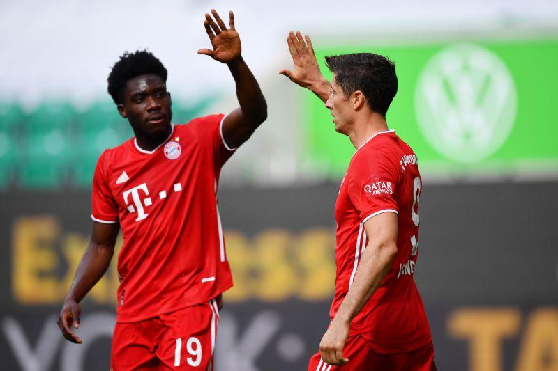 Davies (left) made sure Bayern