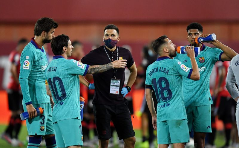 Lionel Messi and Barcelona assistant manager Eder Sarabia are not on good terms
