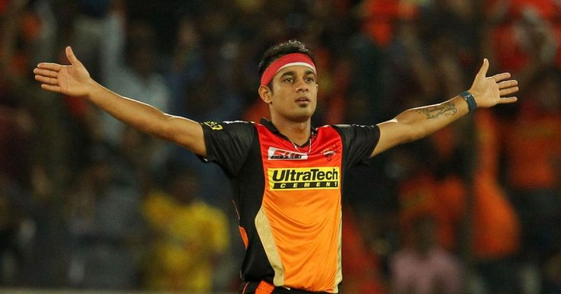 Siddarth Kaul in action for SRH