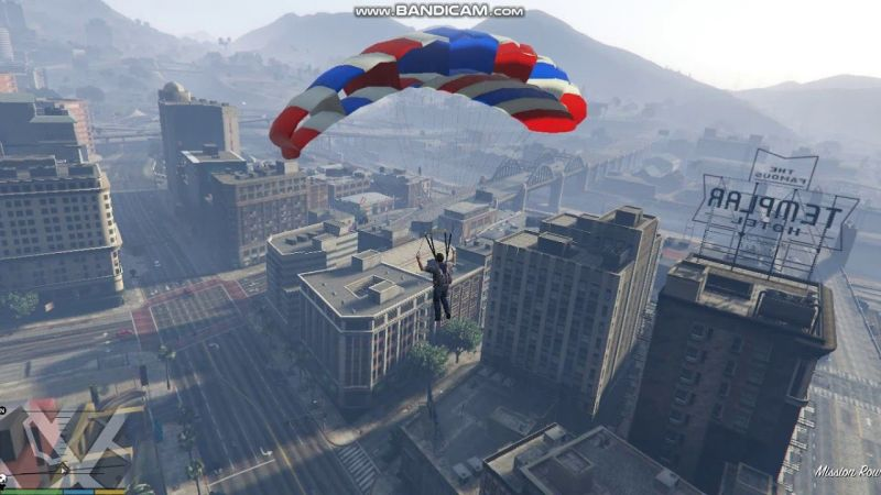 Skydive in GTA 5 (Image: YouTube)