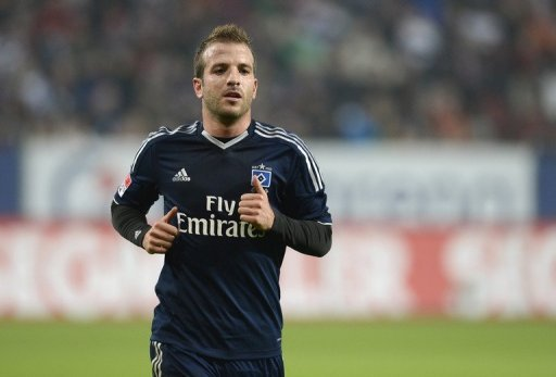Hamburg's Dutch midfielder Rafael van der Vaart, pictured in Augsburg, on October 26