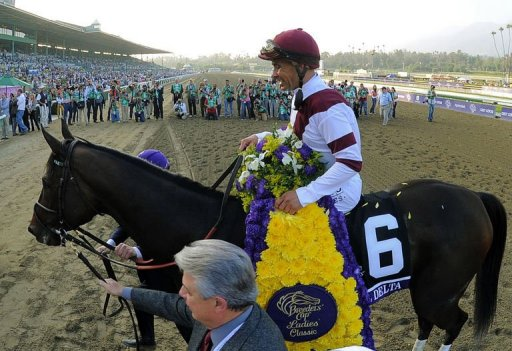 Royal Delta has kept her crown, winning the Ladies' Classic in emphatic style
