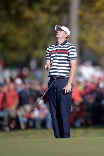 Brandt Snedeker remained five off the pace after his round of 60