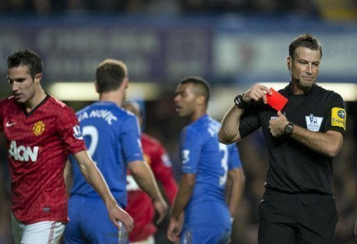 Mark Clattenburg sent off two Chelsea players during the Manchester United game