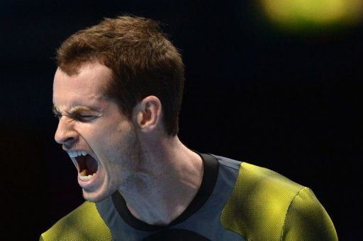 Andy Murray celebrates winning a point on his way to beating Tomas Berdych