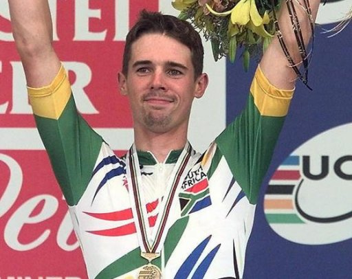 George was on the US Postal Service cycling team between 1999 and 2000, at the same time as Armstrong