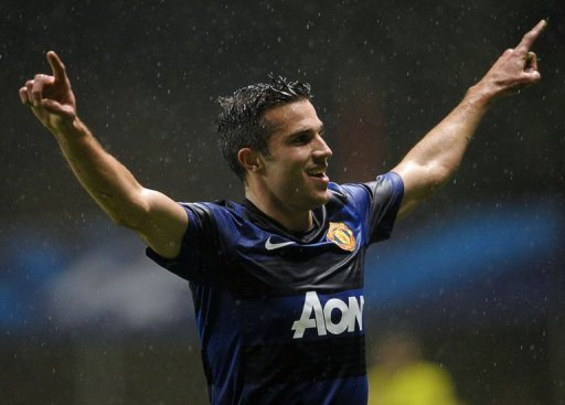 Manchester United's Robin van Persie celebrates after scoring