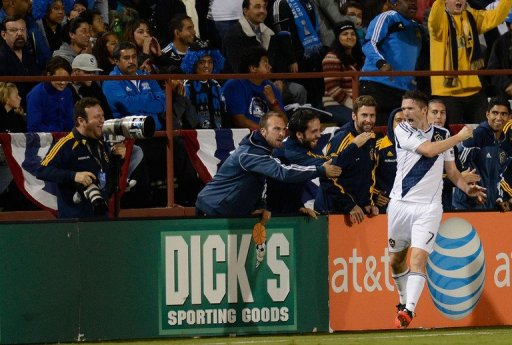 Robbie Keane scores to lead the Los Angeles Galaxy to a 3-1 victory over San Jose and into the Western Conference final
