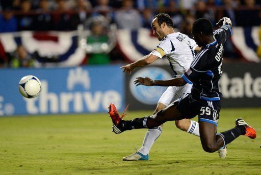 The Galaxy added another in the 34th minute when Tommy Meyer's long ball found Landon Donovan (L) on the right flank