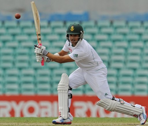 JP Duminy suffered an Achilles tendon injury while warming down kicking a rugby ball after the end of play on Friday
