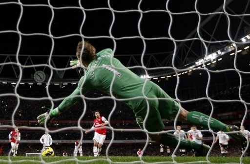 Mark Schwarzer was the hero for Fulham as he saved Mikel Arteta's penalty at the death