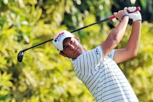 Matteo Manassero won a play-off at the Singapore Open against Louis Oosthuizen