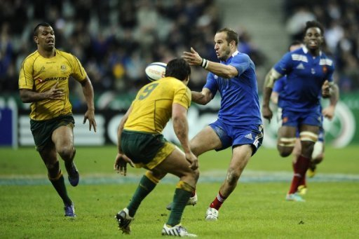 France rode out some strong Australian first-half pressure to run out comfortable 33-6 victors