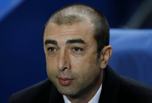 Chelsea manager Roberto Di Matteo has played down the reports that Frank Lampard was considering a move to China